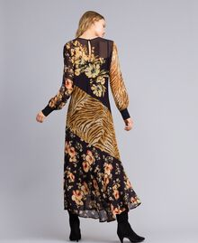 Long dress with mix of prints Flowers&Tiger Mix Print Woman TA825B-03