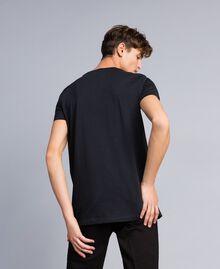 T-shirt in cotone con stampa Nero Uomo UA82GB-03