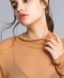 Pull à col montant en lyocell côtelé Marron «Amber Dust» Femme IA88AA-04