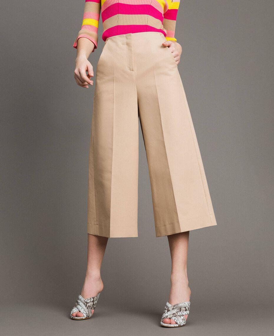 Pantaloni cropped in cotone tecnico Beige Nougat Donna 191TP2184-02