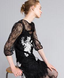 Kurzes Kleid aus Valenciennesspitze Schwarz Frau PA824P-02