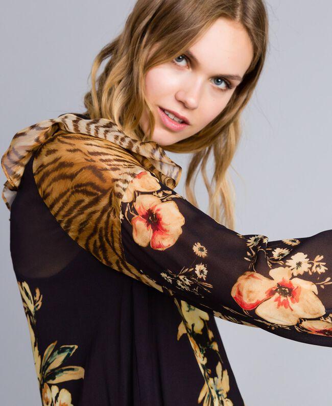 "Kurzes Kleid mit Printmix Print-Mix ""Flowers&Tiger"" Frau TA825C-04"