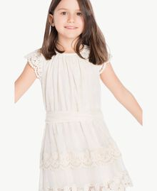 Robe dentelle Chantilly Enfant GS8LAN-05
