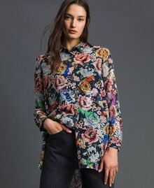 Long shirt with floral and graffiti print Blue Flower Graffiti Print Woman 192MP222L-01