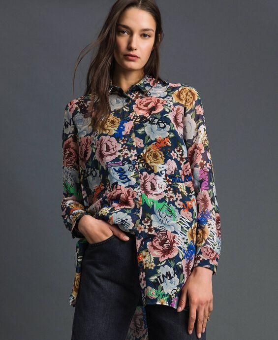 Langes Hemd mit Blumen-Graffiti-Print