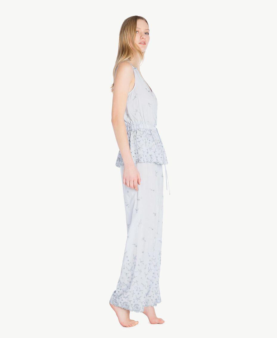 """Pyjama mit St. Galler Stickerei """"Fairy Blue""""-Azur Frau LS8GAA-03"""