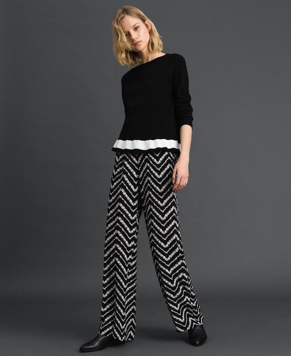 "Floral and chevron print palazzo trousers Black / ""Snow"" Chevron Print Woman 192TP252C-0T"