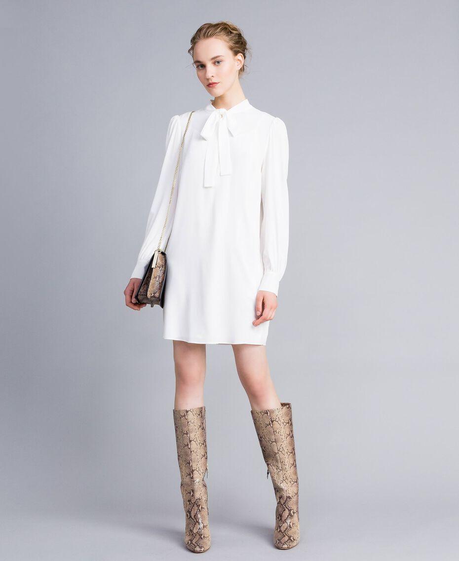 Tunikakleid aus Seidenmischung Weiß Schnee Frau PA828D-0T