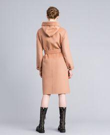 Zweireihiger Mantel aus doppellagigem Tuch Camel Frau PA8263-03