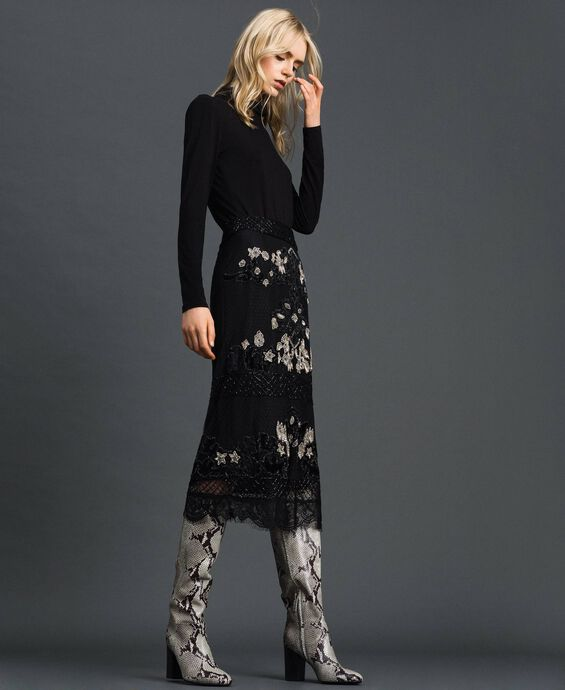 Plumetis tulle skirt with floral embroidery