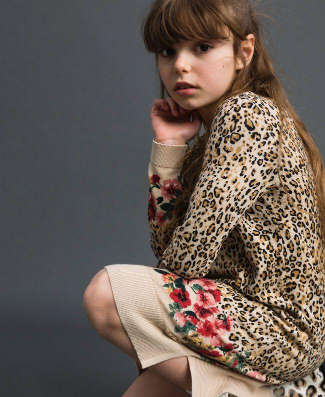 Ministrickkleid mit Animal- und Blumenprint Print Leopard / Blumen Kind 192GJ3180-04