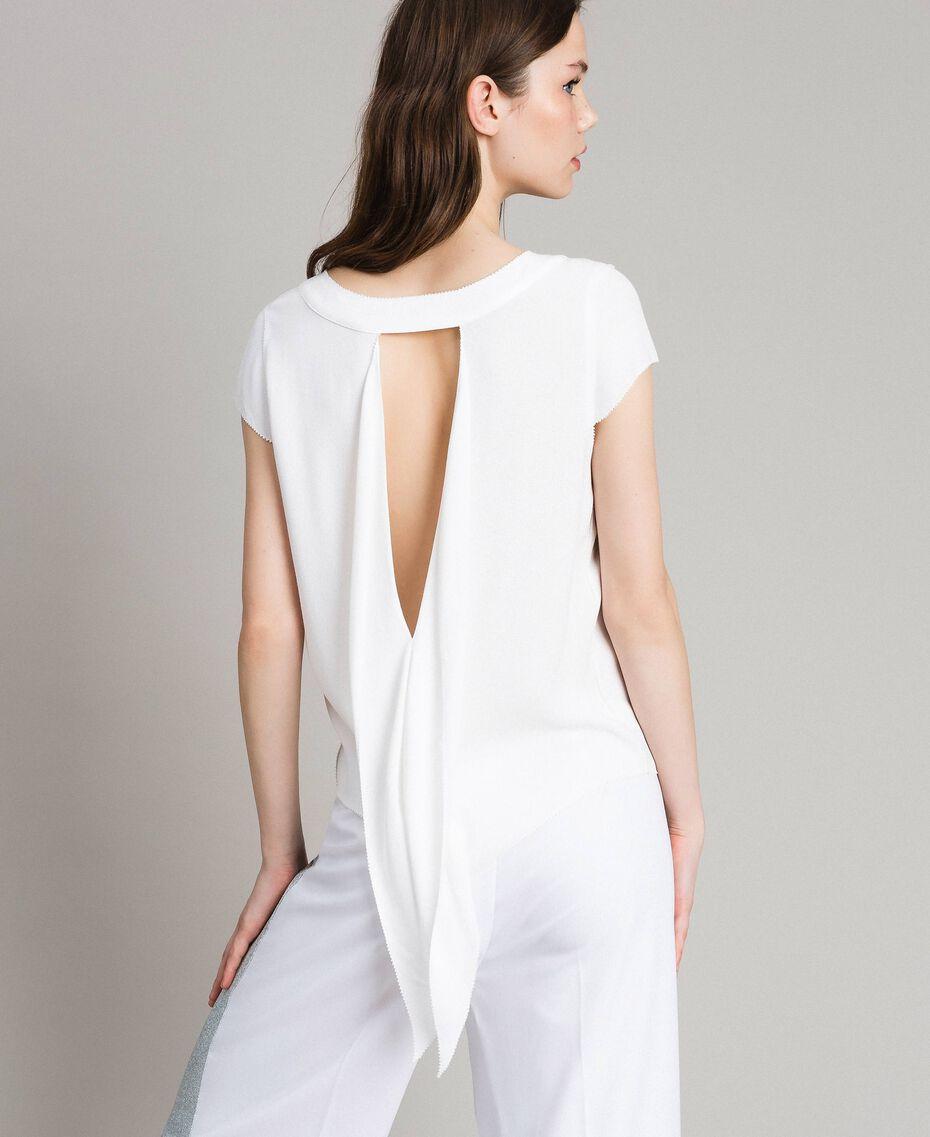 Krepp-T-Shirt mit Ausschnitt Weiß Frau 191LL23CC-01