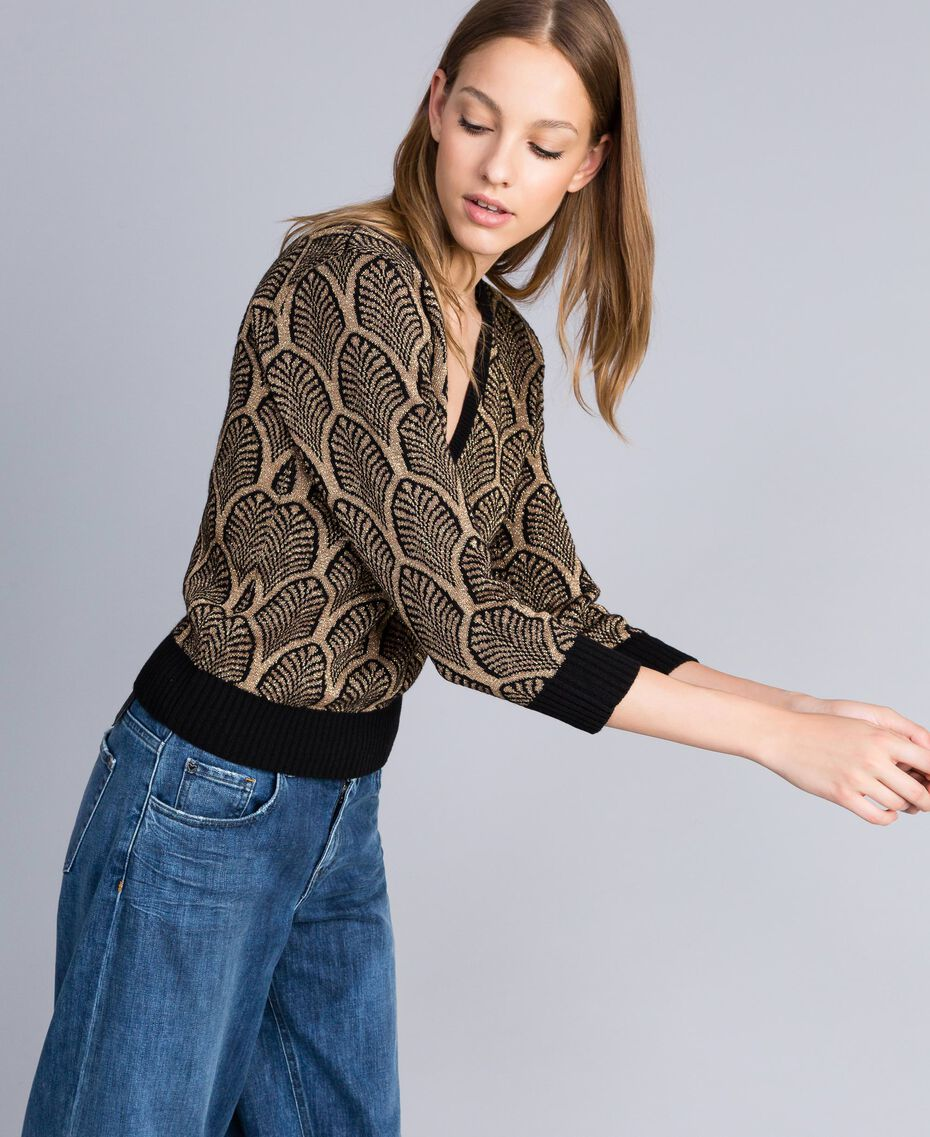Pullover aus Wollmischung und Lurex in Jacquardverarbeitung Jacquard Schwarz / Goldlurex Frau TA8323-02