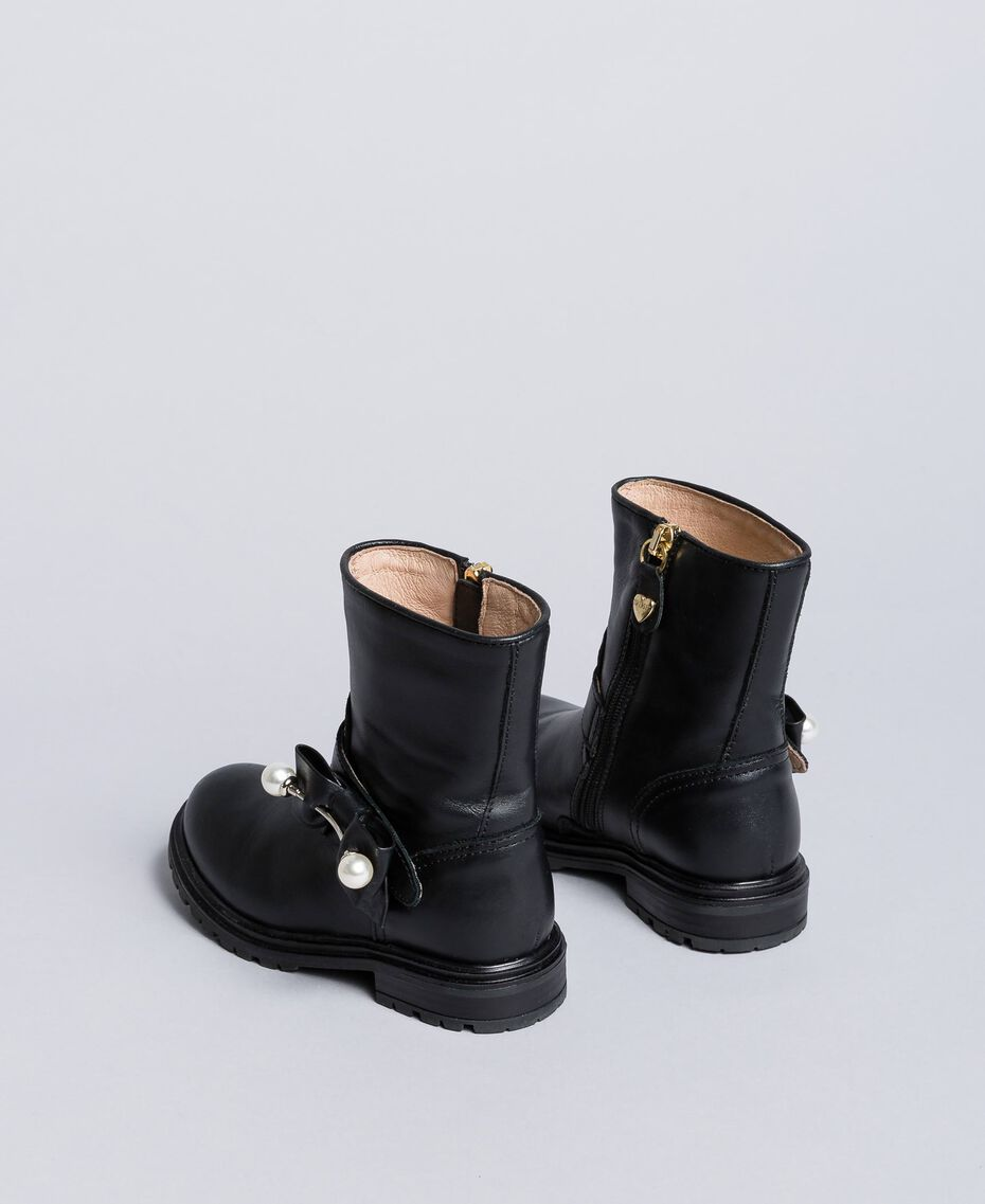 Leather ankle boots with pearls Black Child HA86AC-03