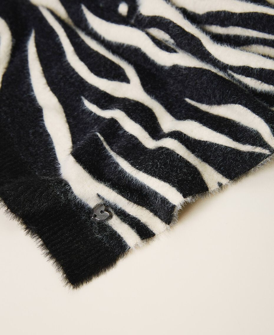 Animal print scarf Black / Cream White Zebra Print Woman 202MA4333-03