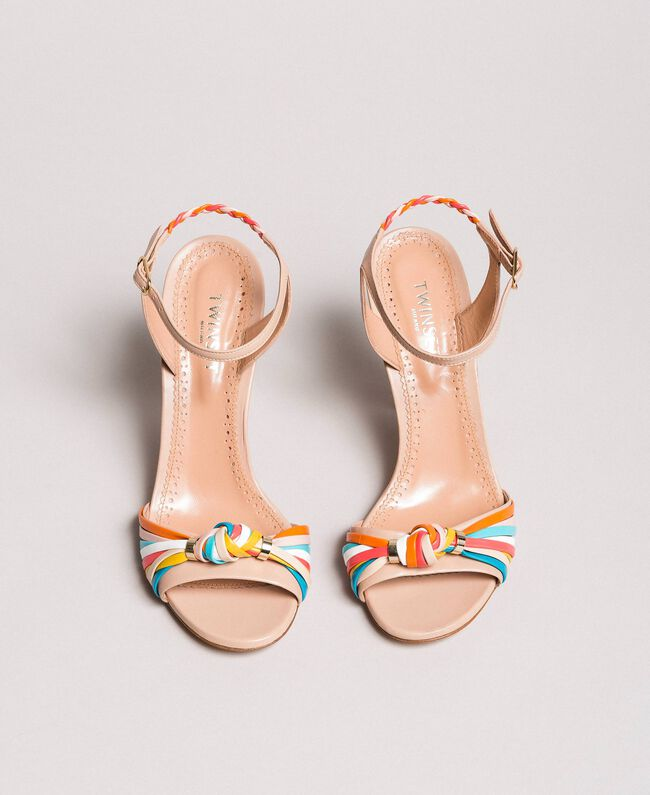 Zweifarbige Leder-Sandalen Nudebeige Frau 191TCT018-04