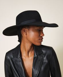 Широкополая шляпа с лентой Черный женщина 202TA4453-0T