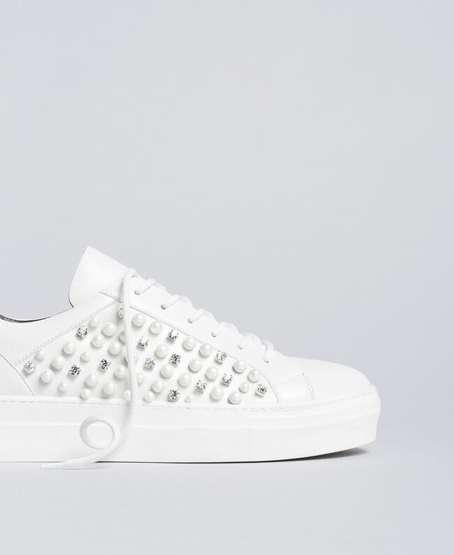 promo code 4048d 43ce5 Studded sneakers with pearls Woman, White | TWINSET Milano