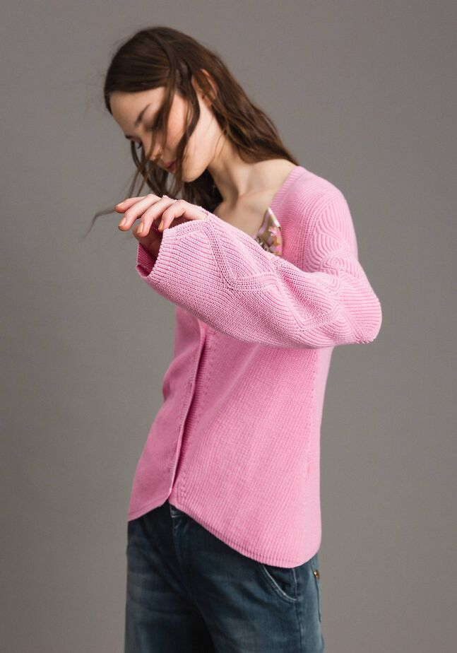 Cotton cardigan with brooch