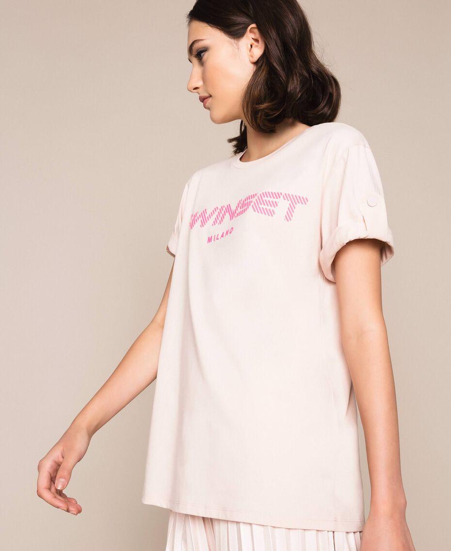 T-shirt avec logo en relief Rose Bouton Femme 201TP2082-02