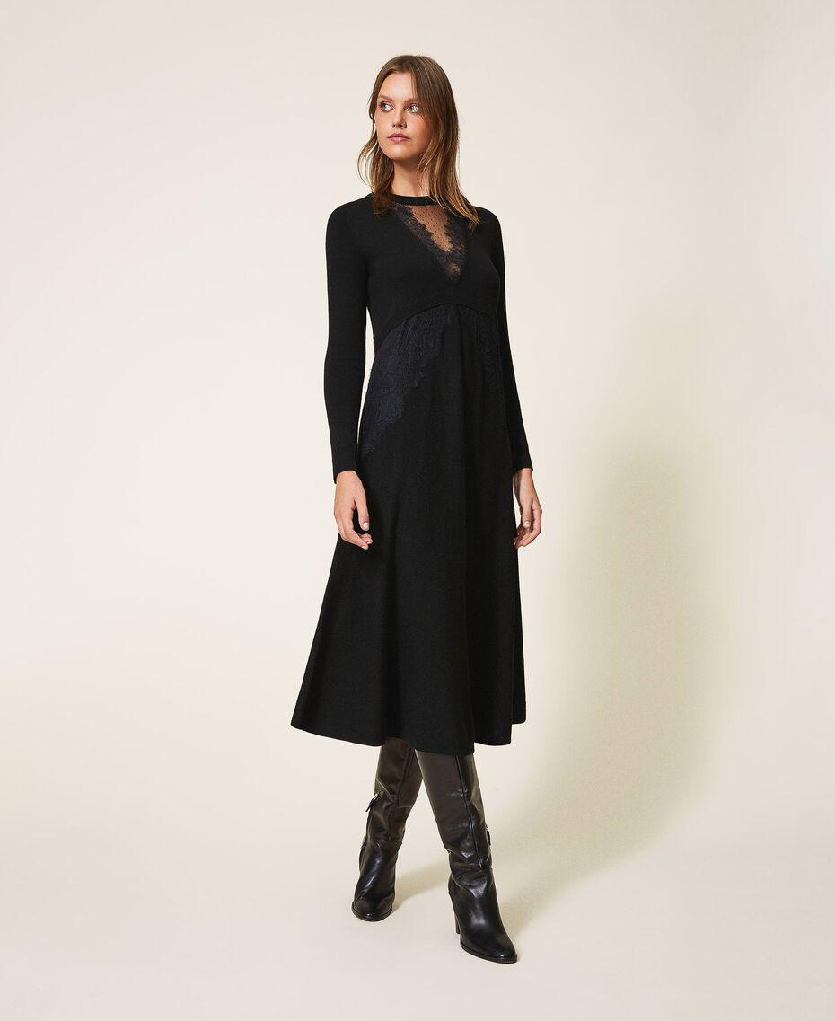 Robe en laine mélangée avec dentelle Noir Femme 202TT3130-01