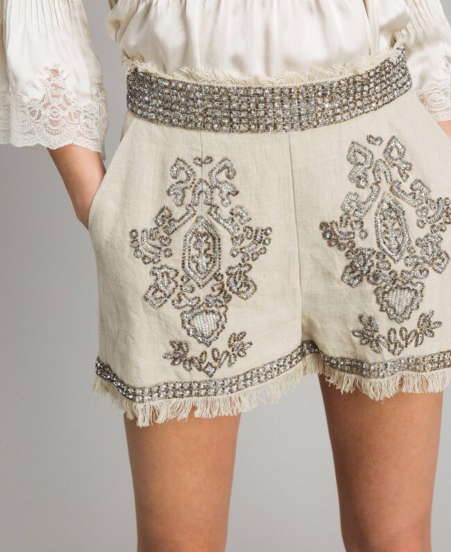"""Short en lin orné de perles et de sequins Beige """"Sable"""" Femme 191TT2064-03"""