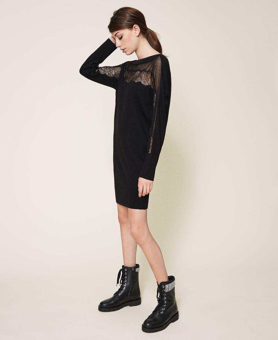Vestido de punto con tul y encaje Negro Mujer 202TP3380-02