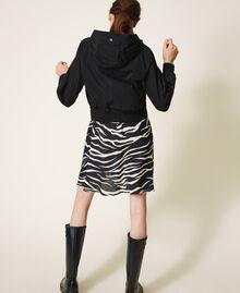 Blouson en taffetas avec capuche Noir Femme 202MP2142-04