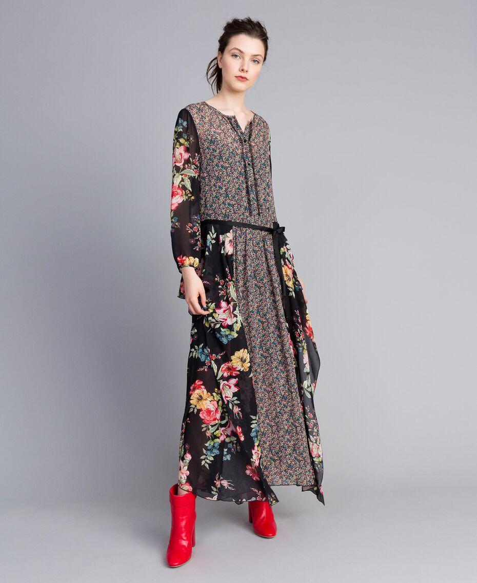 Robe longue en crêpe georgette avec imprimé floral Imprimé Fleur Patch Femme PA82MC-02