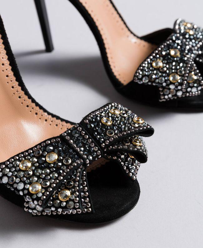 Sandalette aus Veloursleder mit Schleife Schwarz Frau CA8PG1-04