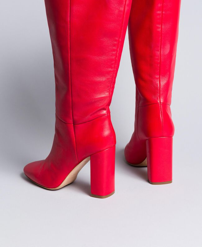 Hoher Stiefel aus Leder Rot Mohn Frau CA8PLA-03