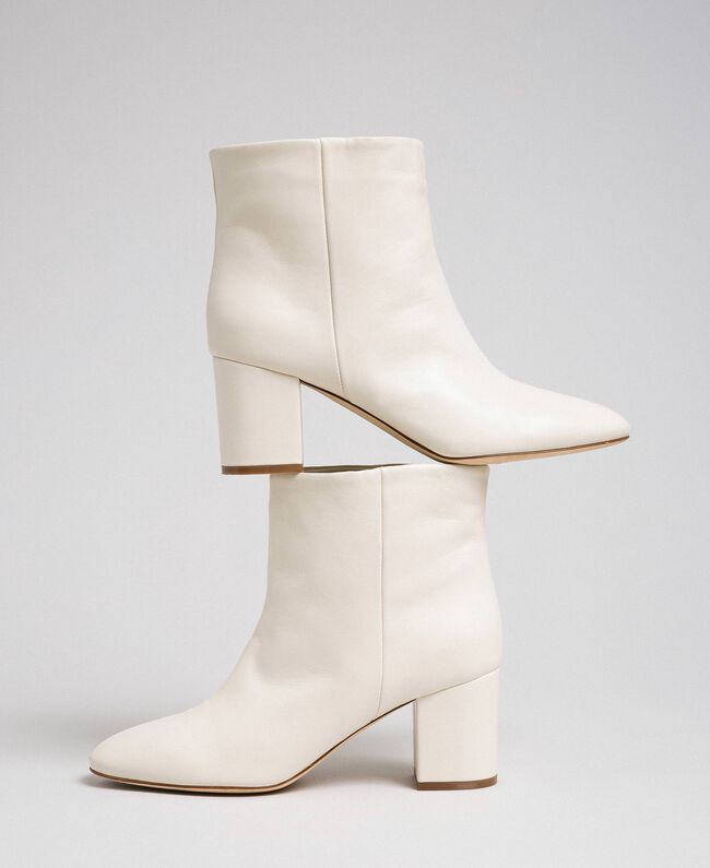 Leather ankle boots Off White Woman 192TCP102-01