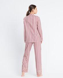Pyjama mit Streifenmuster und Spitze Mehrfarbige Streifen Barockrosa Frau IA8DNN-03
