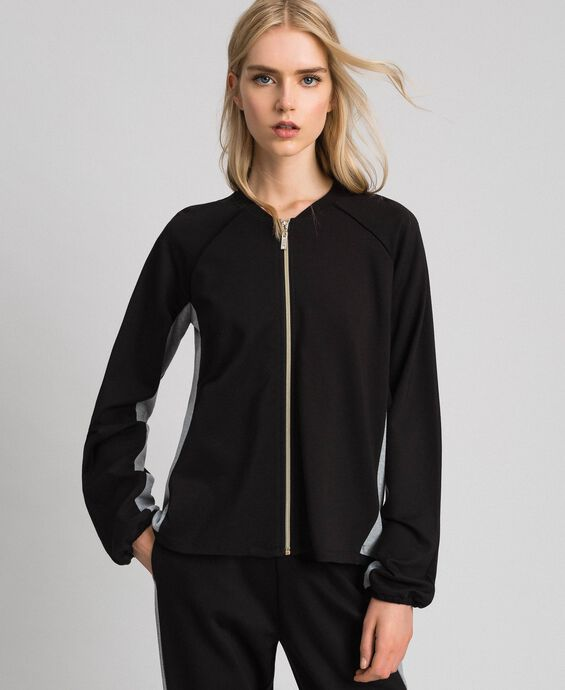 Zip sweatshirt with contrasting details