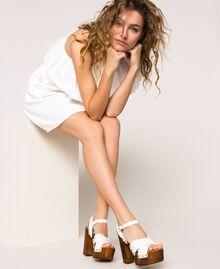 Clog-Sandalette aus Leder Weiß Frau 201MCT018-0S