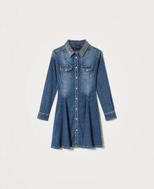 "Hemdblusenkleid aus Jeans mit Nieten Mittleres ""Denimblau"" Frau 202MP2473-0S"