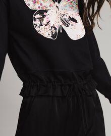 Sweatshirt mit Stickschmetterling Schwarz Frau 191TP2594-04