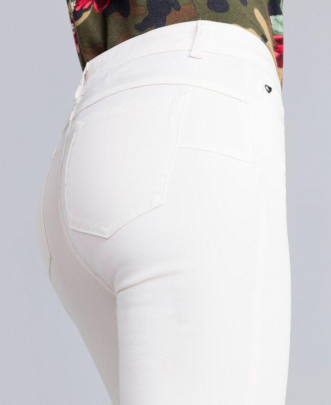Pantaloni skinny in gabardine stretch Madreperla Donna JA82W1-04