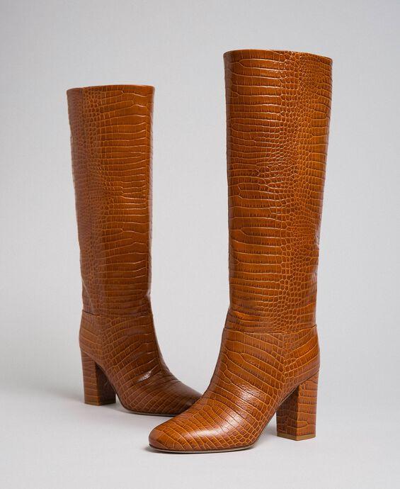 Stiefel aus Leder mit Krokoprägung