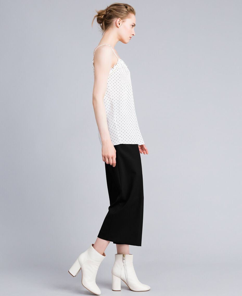 Top en soie avec petits cœurs Imprimé Cœurs Blanc Neige/ Noir Femme PA82N5-02