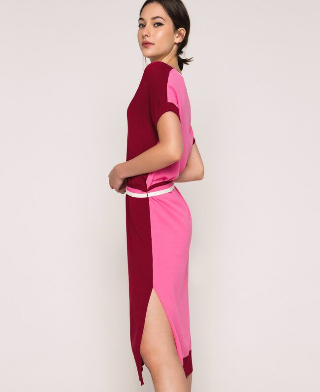 """Two-tone knit dress with belt Two-tone """"Crimson"""" Red / Superpink Woman 201ST3030-04"""