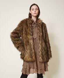 Manteau en fausse fourrure Camel Femme 202TT2051-01
