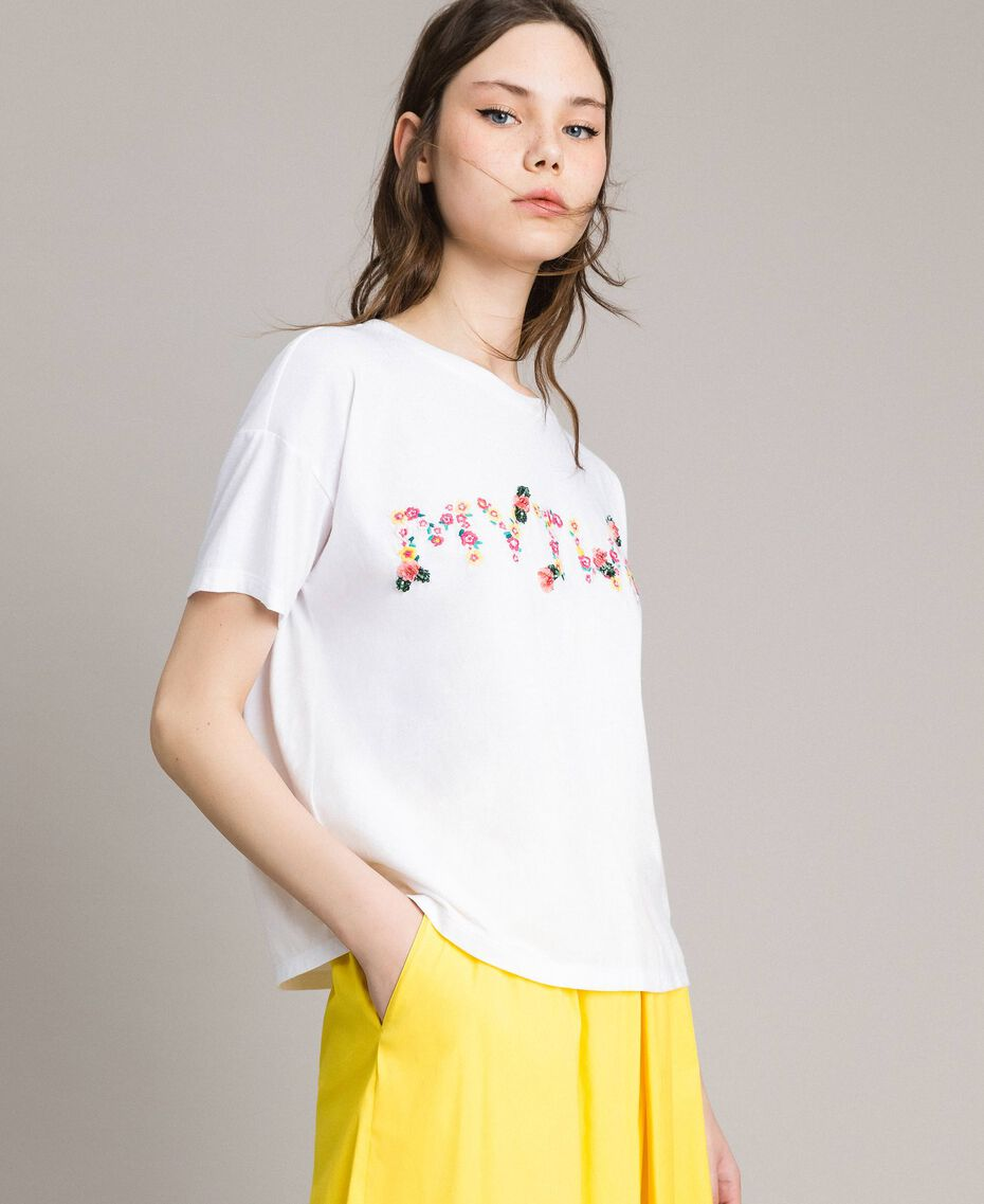 T-shirt with embroidered logo White Cream Woman 191MP2061-02