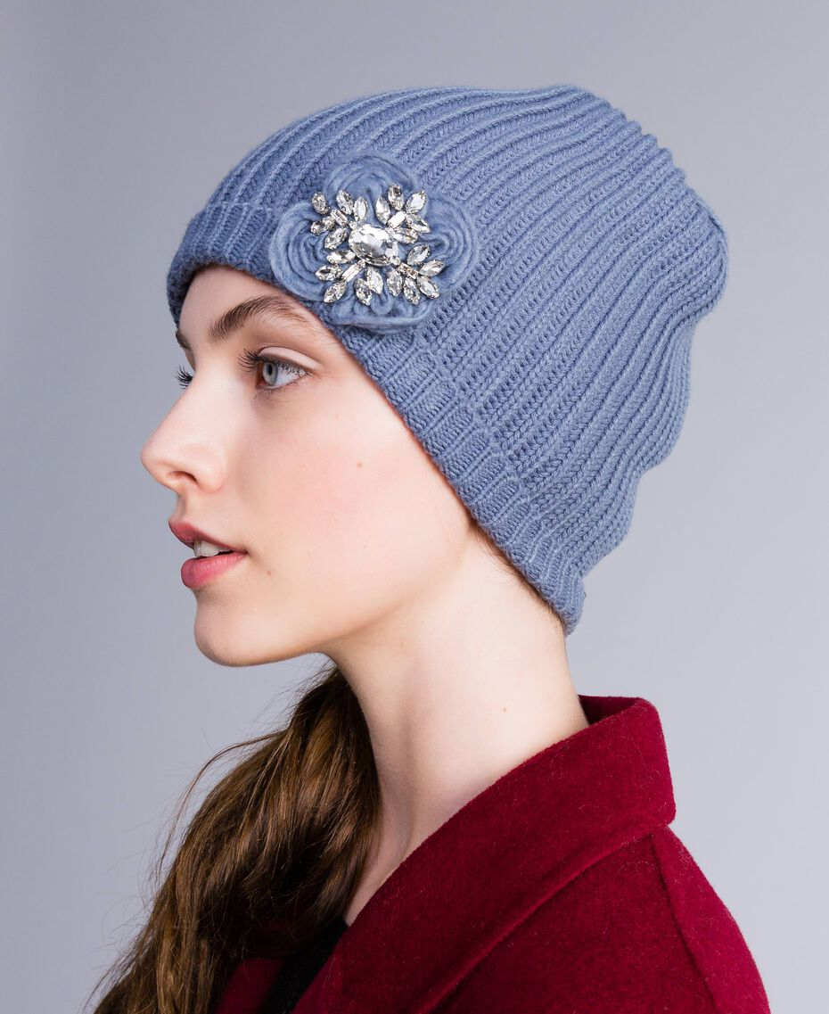 Вязаная шапочка с вышивкой и стразами Грязно-голубой женщина AA8P5J-0S