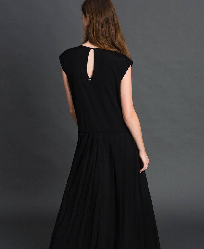 Robe en crêpe de Chine avec dentelle et plissé Noir Femme 192ST208C-03