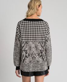 Houndstooth and animal print jacquard jumper Black Jacquard / Platinum Woman 192TT3292-04