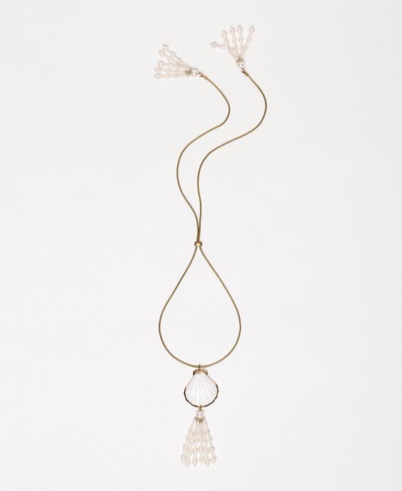 Adjustable necklace with shell and pearls