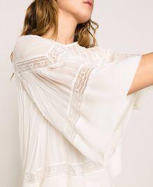 Blouse en crêpe georgette avec broderies et dentelle Blanc Antique White Femme 201TT2081-04