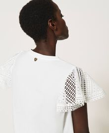 T-Shirt mit Spitzenärmeln Weiß Frau 211TT222A-05
