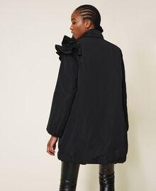 Wattierter Mantel aus Taft mit Rüschen Schwarz Frau 202ST2100-05